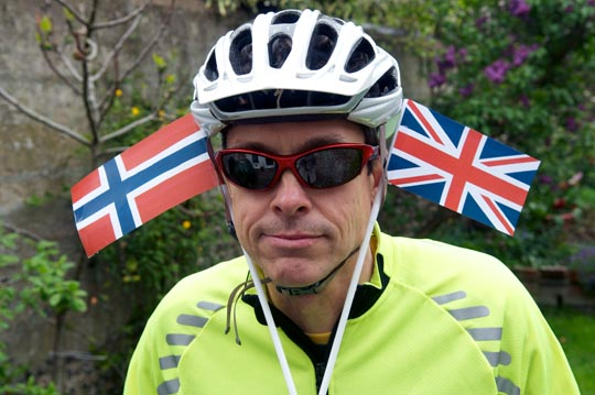 John Thompson (@johncthompson), cycling to raise money for charity